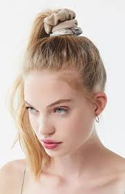25 CLASSY PONYTAIL HAIRSTYLES FOR WOMEN