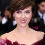Short-Hairstyles-2020-2021-Brown-and-Wavy-Hair